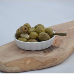 Groene olijven met knoflook...